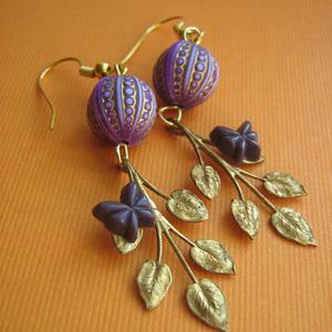 Hazy Days Vintage Leaf Earrings