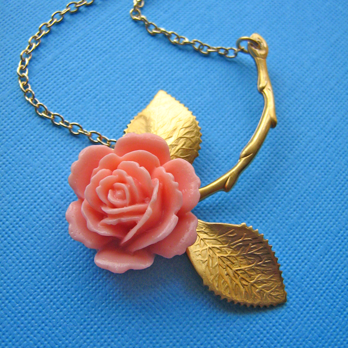 Eclectic Eccentricity vintage rose necklace Where the wild roses grow pink 2