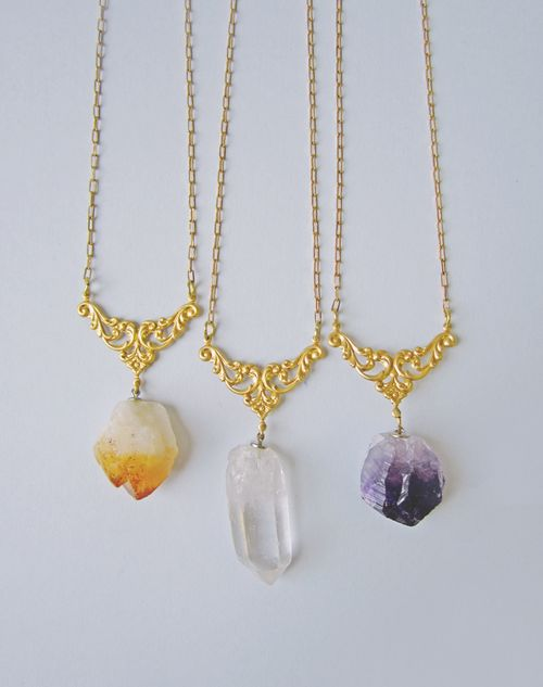 Rough_amethyst_quartz_citrine_points