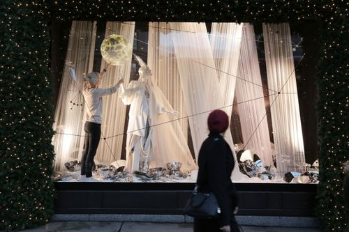 Selfridges Christmas Windows 2015_Journey to the Stars_Zodiac Cancer